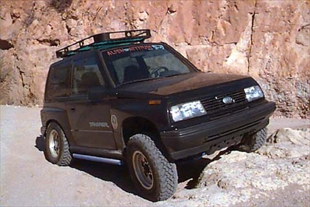 Compact Two Door GEO Tracker 4x4 - Seats 2